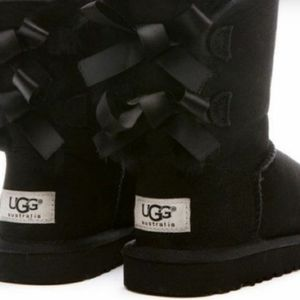 Ugg bowtie boots